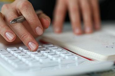 Le gouvernement fournit des détails sur le programme d'aide au loyer pour les petits détaillants