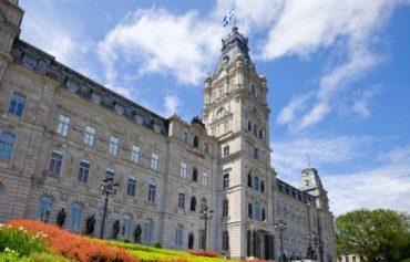 Hausse du salaire minimum au Québec en 2021