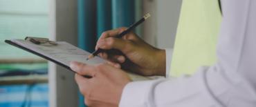 L'Ontario embauche 100 nouveaux inspecteurs en santé et sécurité