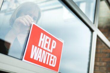 Faire une demande au Programme d'embauche pour la relance économique du Canada